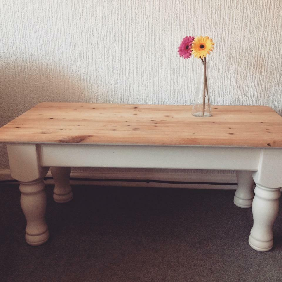 Glass Coffee Tables Gumtree: Shabby Chic Wooden Coffee Table
