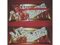 Mr & Mrs Plaque gift set Gold Red