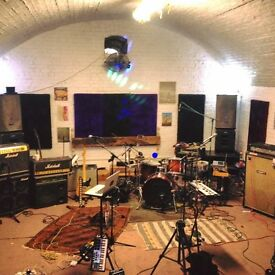 Stunning Rehearsal Space available during the day in East London(West Ham)!