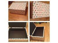Toy store /seat box