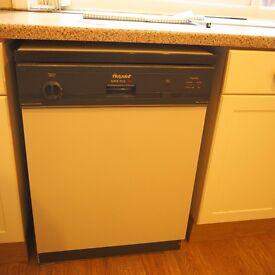 Hotpoint Dishwasher super plus 7822 ( FREE)