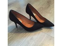 Brand new Whistles heels size 4