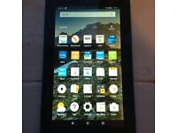 Tablet Amazon Kindle 5th gen 16 gb with case £45 ovno
