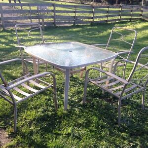 Outdoor Table and Chairs  - Free - Beaconsfield West Tamar Preview