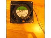 Ventilator / Fan 230V 14W 80x80x25mm 29m³/h 29dBA ; Sunon SF23080AT2082HSL NEW