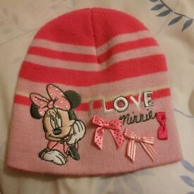 Minnie Mouse winter beanie hat