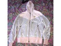 Retro Vintage Nike Hooded Jacket!