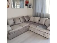 == NEXT DAY DELIVERY == IMPORTED LIVERPOOL CRUSHED VELVET CORNER SOFAS