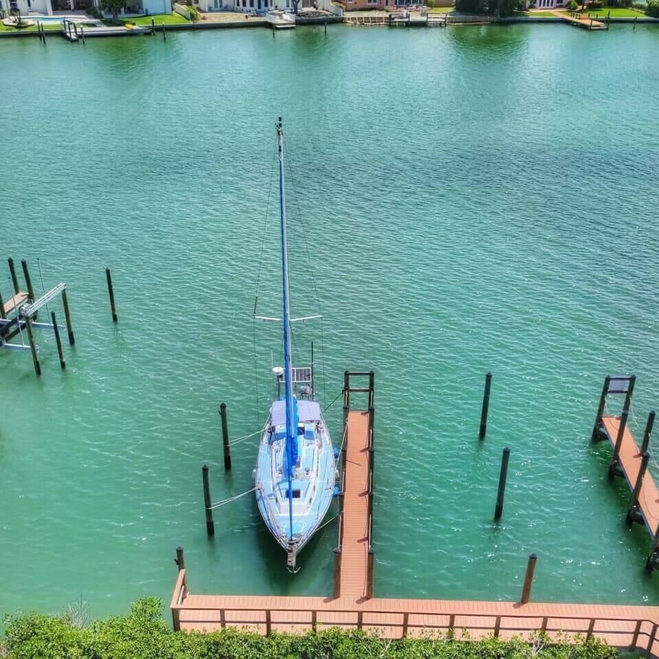 1979 Pearson 35 Sloop, Classic Bluewater Sailboat