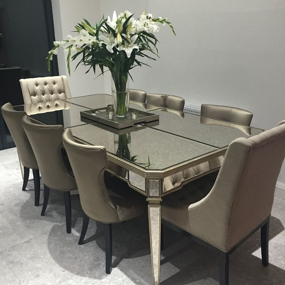 Mirrored 8 Seater Dining Table And Chairs Fantastic Condition