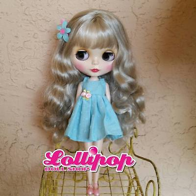 Factory Type Neo Blythe Silver Grey Hair with Outfit OR Stand