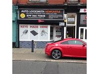 Mercedes remote key fob replacement,repair service. Auto Locksmith Newcastle