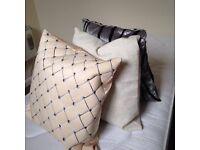 3 cushions (medium-large size)
