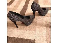 Heels size 8