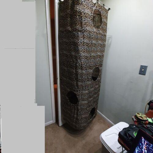 NEW HANGING BACK/FRONT OF DOOR LEOPARD PRINT MATERIAL CAT CONDO