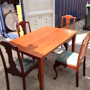 DINING TABLE and 4 x chairs. Carina Heights Brisbane South East Preview