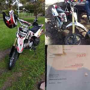 Crossfire 125 New Condition - 15hrs on bike Glenorchy Glenorchy Area Preview