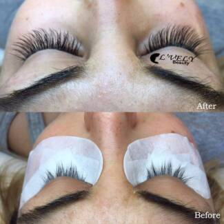 Eyelash extensions **Christmas Special Only $39**