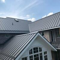 Metal Roofing Installers