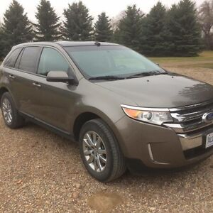 2013 Ford Edge SEL. Leather, Heated Seats. AWD!
