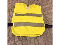 Hi-Visibility vest approx size 8....£3!!!