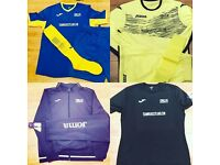 ** Bargain ** Full team Football playing kit, training kit and Training Equipment