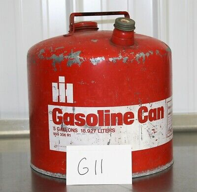 NICE Vintage INTERNATIONAL HARVESTER 5 Gallon Gas Can IH 999 306 R1 Tractor G11 for sale  Shipping to Canada