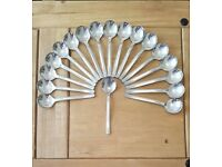 18 sets of stainless steel cutlery, made up of 6 pieces each!!! 108 pieces in total!!!