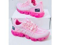 Size 4 ladies trainers