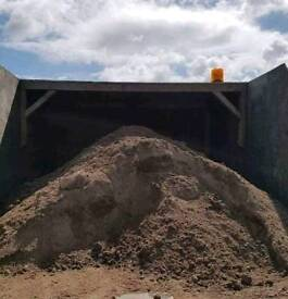 Well rotted horse manure £25 delivered