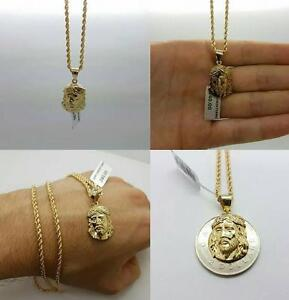 rope chain in gold 10 karat with jesus piece in gold 10 karat / torsade en or 10 karat & jesus en or 10 karat