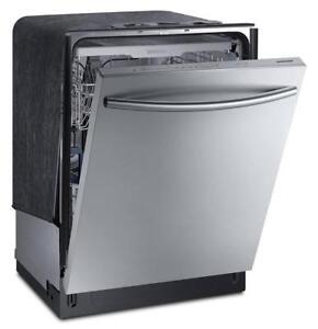 Samsung Dishwasher with FlexLoad Third Rack