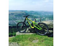 GHOST DH7 Downhill MTB Excellent Condition