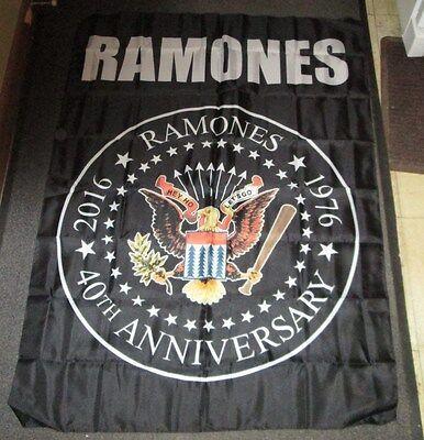 RAMONES TEXTILE POSTER FLAG  RARE NEW SEALED  PRESIDENT