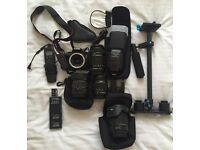 Canon 100D body + 4 Lenses + Flashlight + KIT
