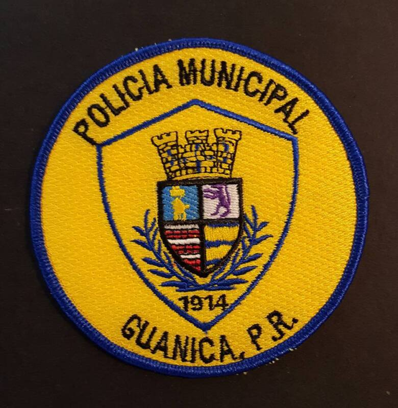 VINTAGE OBSOLETE PUERTO RICO POLICE PATCH / POLICIA MUNICIPAL / GUANICA PR