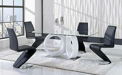 ALIANA 5PC DINING SET D9002DT D9002DC BL TABLE & 4 CHAIRS WHITE / BLACK ()