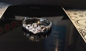 Gorgeous .925 Silver Ring