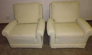 Two single lounge chairs Kaleen Belconnen Area Preview