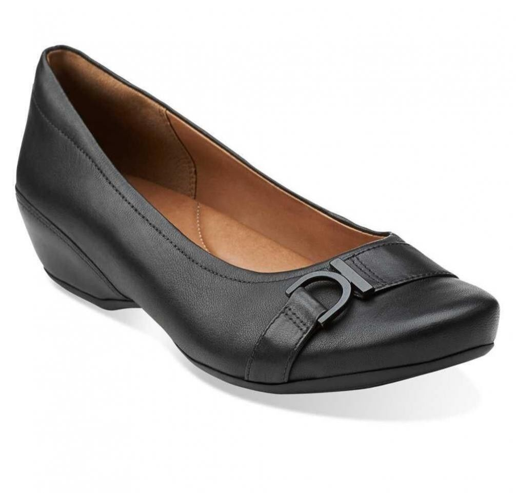 NEW Womens Clarks Artisan Concert Band Slip-Ons Black Leather Flats Sz 5.5M to 6 1