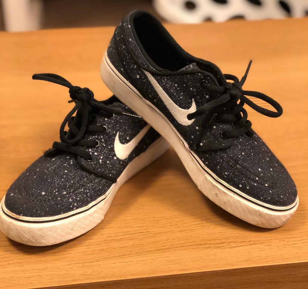 Women s Nike Pumps 4bc9ac08f