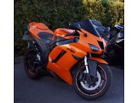KAWASAKI ZX6R P7F STAND OUT IN A CROWD WITH THIS STUNNING PEARL WILDFIRE ORANGE, U WONT BE MISSED!!