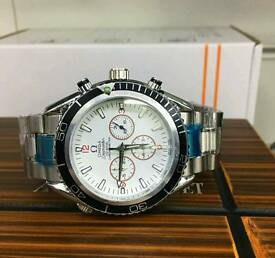 MEN'S OMEGA WATCH BRAND NEW BOXED