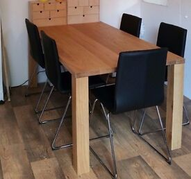 Large Solid Oak Dining Table (seats 6)