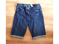 Jeans Shorts knee shorts size 12 only worn 3x