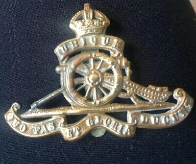 UBIQUE QUO FAS ET GLORIA DUCUNT MILITARY BRASS CAP BADGE - ROYAL ARTILLERY WW11? for sale  Shipping to Ireland