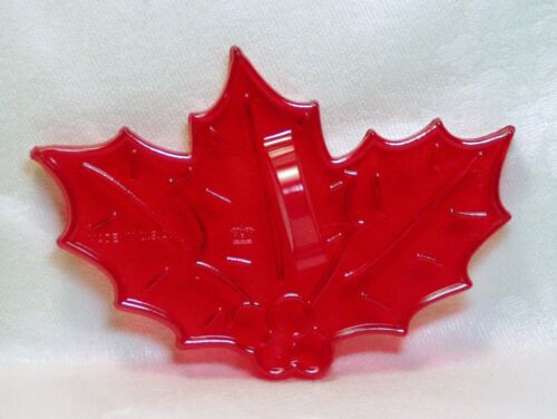 HRM Vintage Design New Plastic Cookie Cutter - Christmas Holly Berries & Leaves