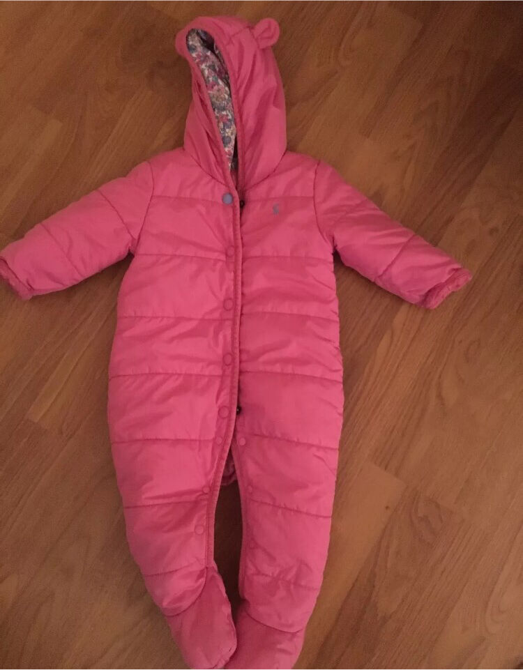Joules Pink Quilted Snowsuit 9 12 monthsin Bingley, West YorkshireGumtree - Beautiful Joules Pink Quilted SnowsuitButton Popper FasteningAge 9 12 MonthsThis is in good used clean condition.Freshly Washed and Ready For Its New Little Lady.Smoke and Pet Free HomePlease have a browse at my other items for sale