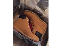 Boots TIMBERLANDS 5.5