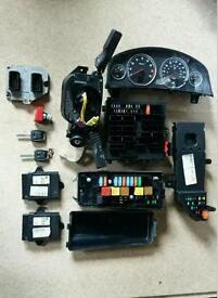 Vauxhall vectra c ECU lock set with key clocks rise boxes central locking moduel